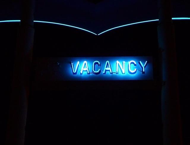 vacancy-738539_640